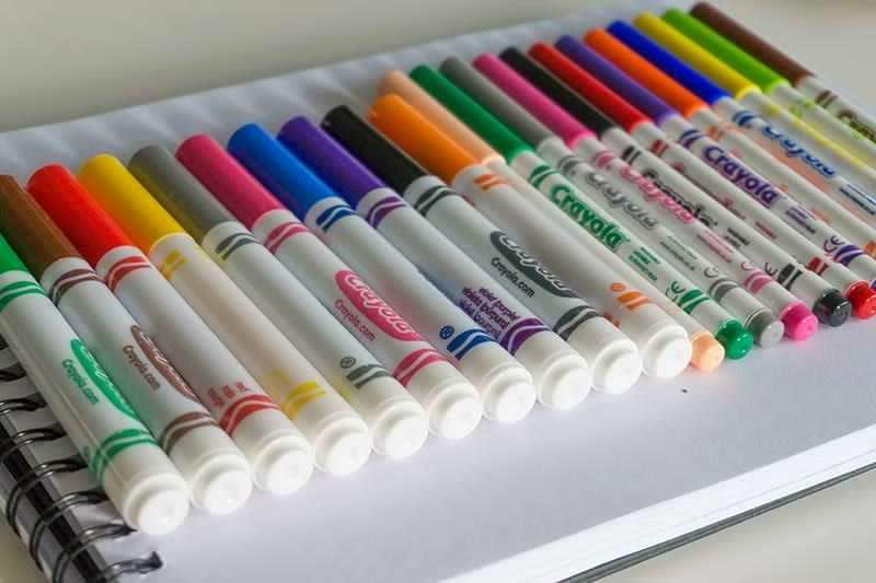 Crayolas auf einem Block